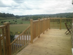 decking-outdoors-gardens 2